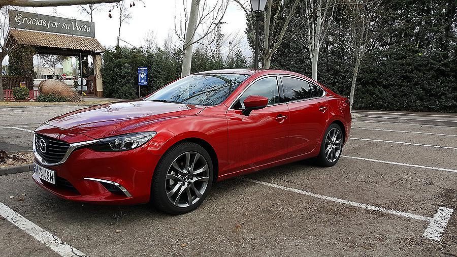 Mazda6 Sedán Luxury 2.2 Skyactiv 150 D, alarde dinámico