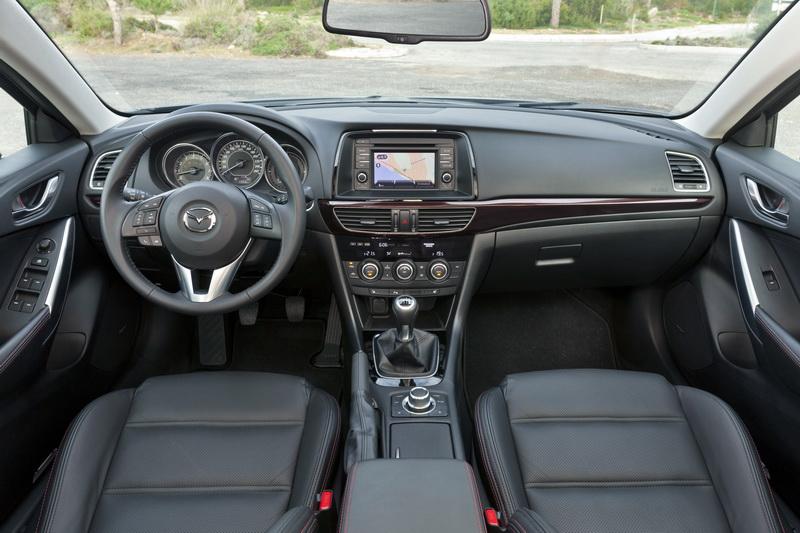 Mazda6_2013_interior_20