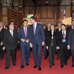 Los Príncipes de Asturias inauguran Fitur 2013
