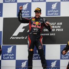 "Victoria de Vettel con un ritmo de carrera insuperable y al estilo "" Red Bull"""