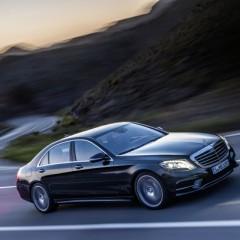 La nueva Clase S de Mercedes con tres híbridos, uno de ellos, enchufable