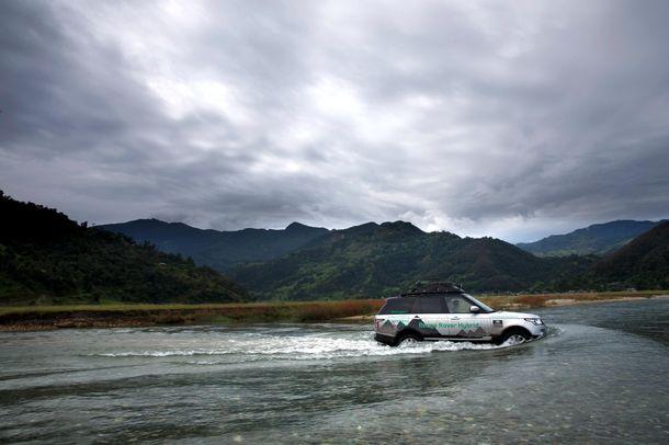Range Rover híbridos en la Ruta de la Seda (V)
