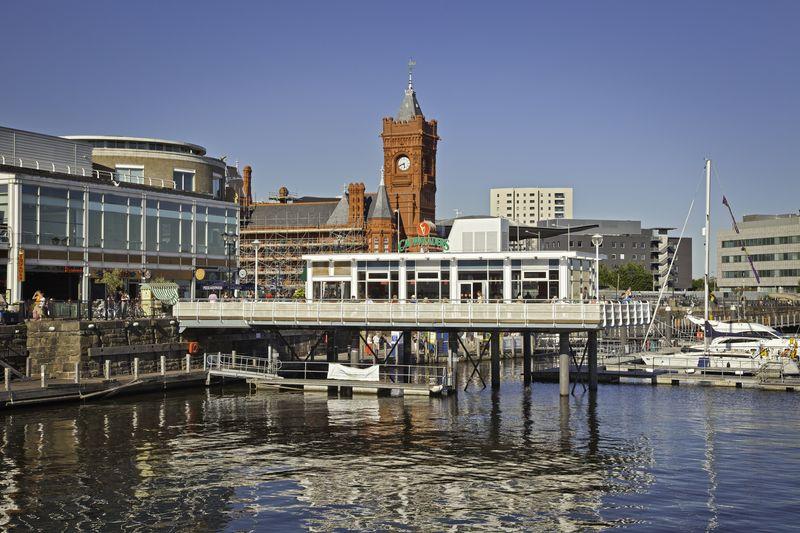 La bahía de Cardiff, uno de los lugares más agradables de la ciudad.