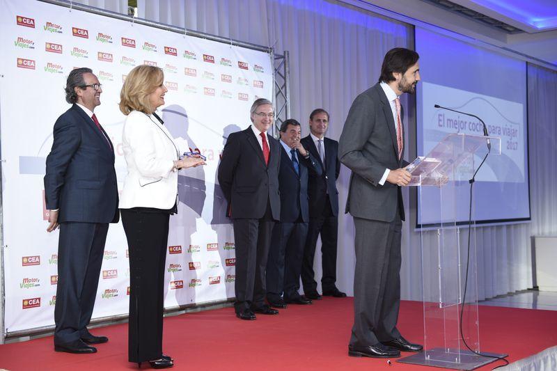 Volvo hizo doblete y Jorge Muñoz, al micrófono, recogió ambos premios