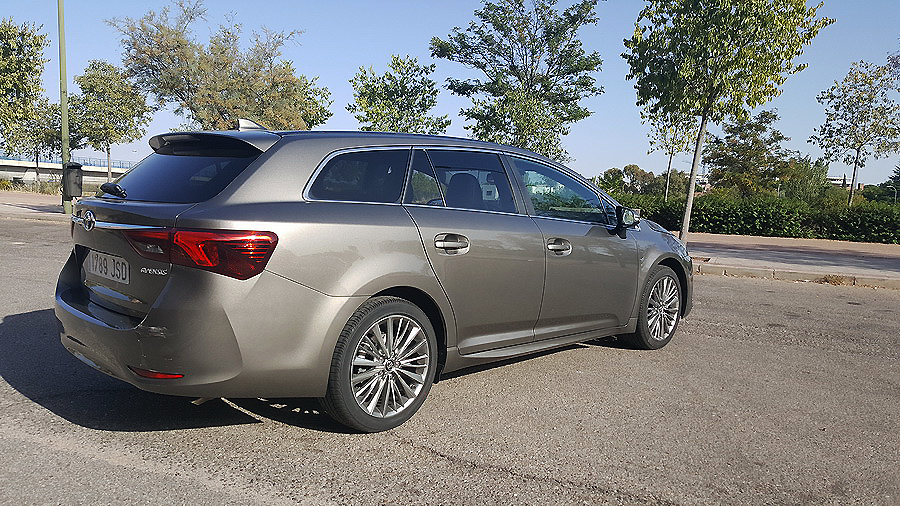 Toyota Avensis Touring Sport Diesel Executive 150D, el familiar sigue vivo