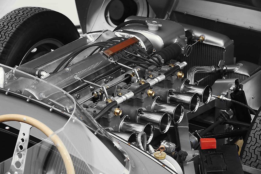 La marca británica reanuda la producción del elegante y mítico deportivo Jaguar D-TYPE