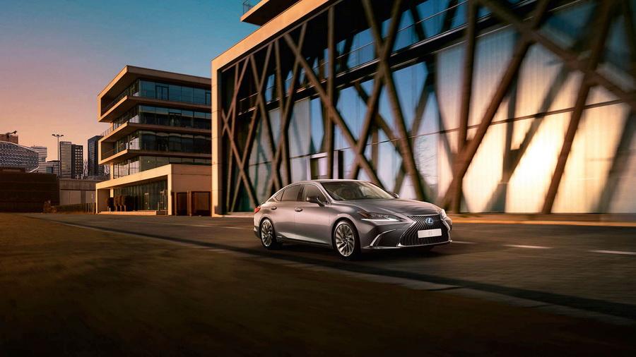 Nuevo Lexus ES 300h: expresivo y sofisticado