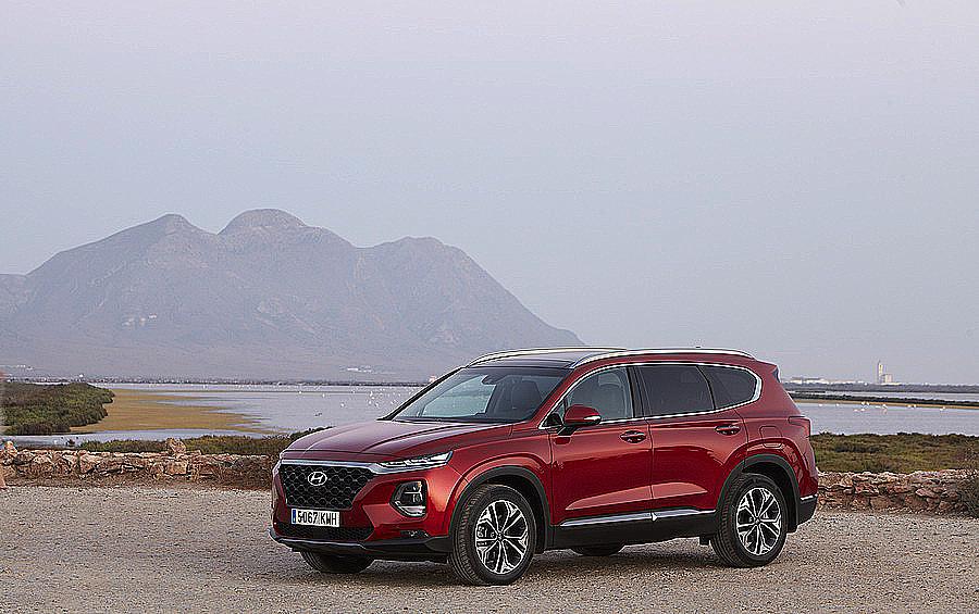 Nuevo Hyundai Santa Fe: Seguridad, espacio e imagen más SUV