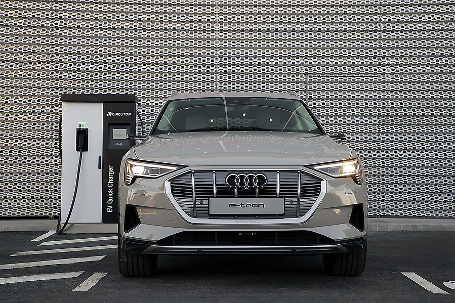 Audi Center Madrid Norte y nuevos Audi TT Coupé y Roasdster