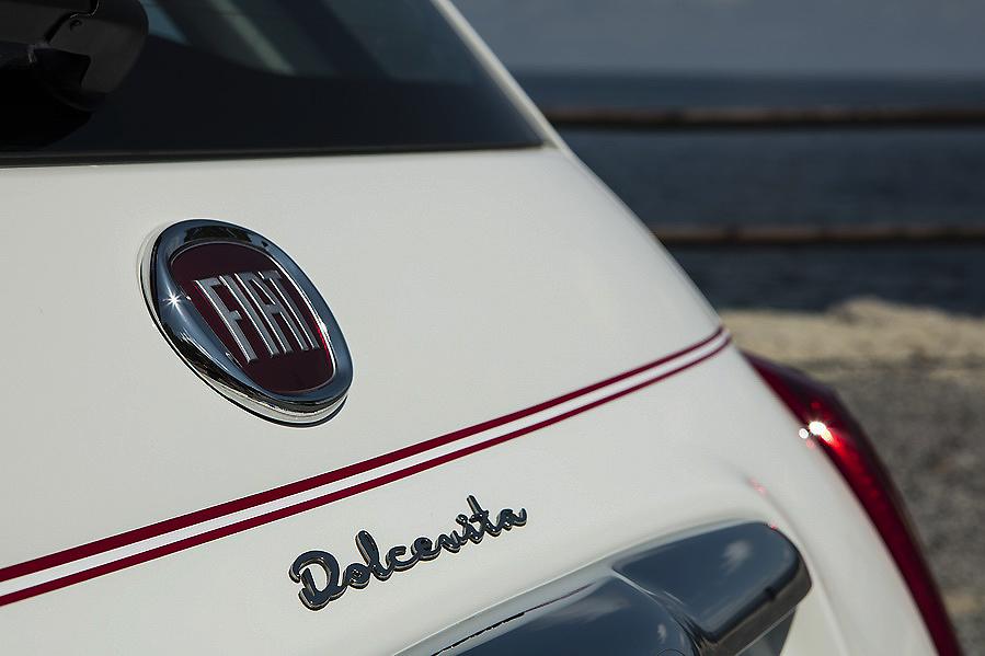 Edición Especial Fiat 500 Dolcevita; dos carrocerías para un emblemático aniversario