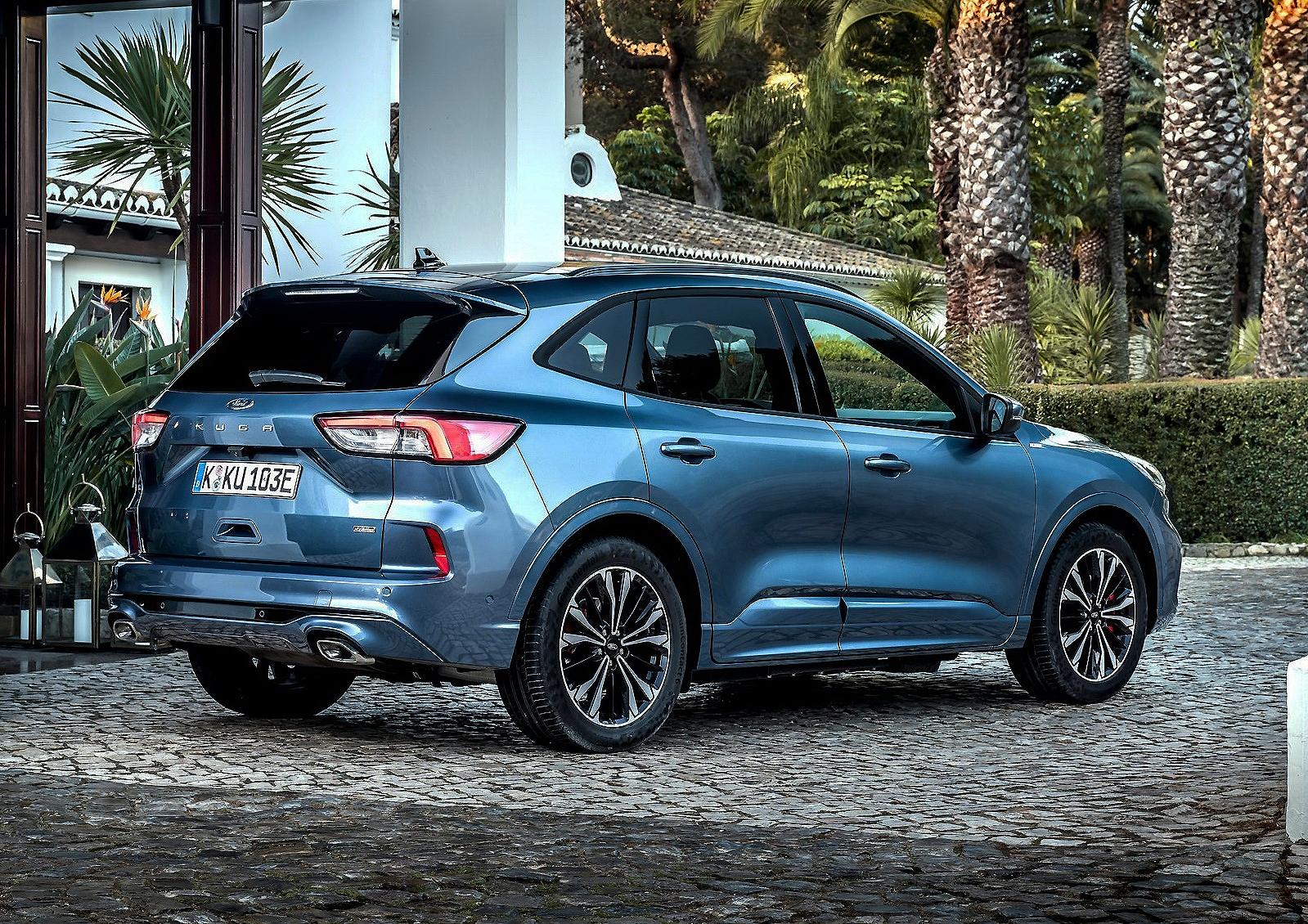 Nuevo Ford Kuga, en todos los terrenos