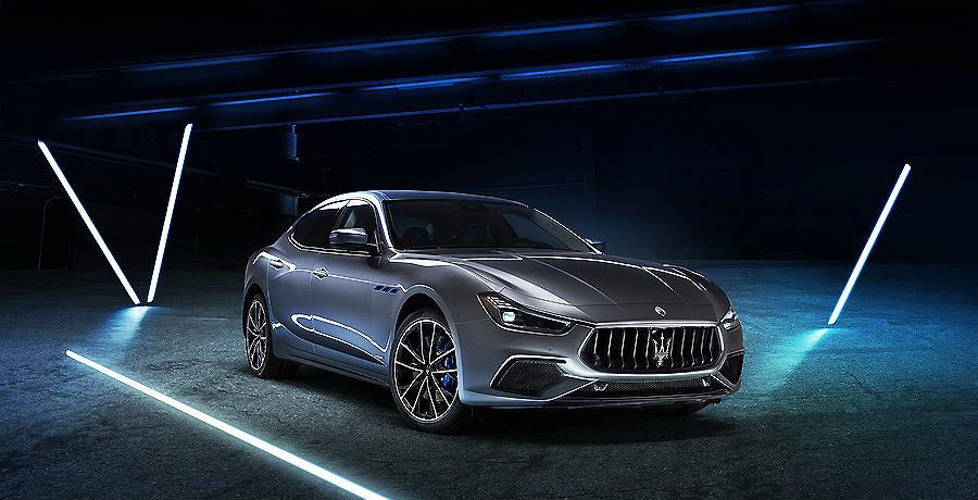 Maserati entra en la moda de la electrificación con el Ghibli