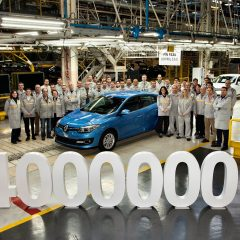 Renault Megane cuatro millones