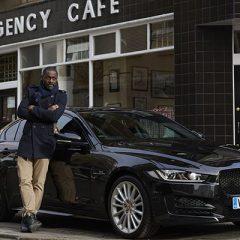 Idris Elba al volante del nuevo Jaguar XE