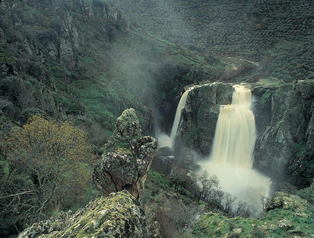 Cascada de el Pozo de los Humos, en la provincia de Salamanca
