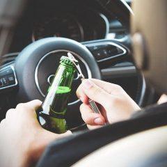Alcohol, drogas, cinturón, velocidad y móvil las infracciones más denunciadas